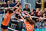 23.08.2018, Sporthalle Berg Fidel, Muenster<br />Volleyball, LŠnderspiel / Laenderspiel, Deutschland vs. Niederlande<br /><br />Block / Doppelblock Anne Buijs (#11 NED), Tessa Polder (#20 NED) - Angriff Louisa Lippmann (#11 GER)<br /><br />  Foto &copy; nordphoto / Kurth