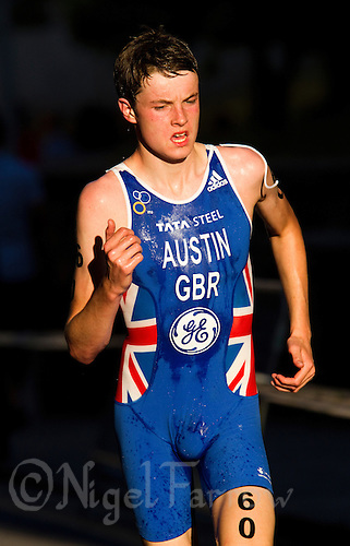24 JUN 2011 - PONTEVEDRA, ESP - Marc Austin (GBR) - Junior Men's European Triathlon Championships .(PHOTO (C) NIGEL FARROW)