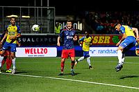 LEEUWARDEN - Voetbal, SC Cambuur - Jong Ajax, Cambuur stadion, seizoen 2017-2018, 18-08-2017,  SC Cambuur speler Matthew Steenvoorden scoort 1-2 met kopbal
