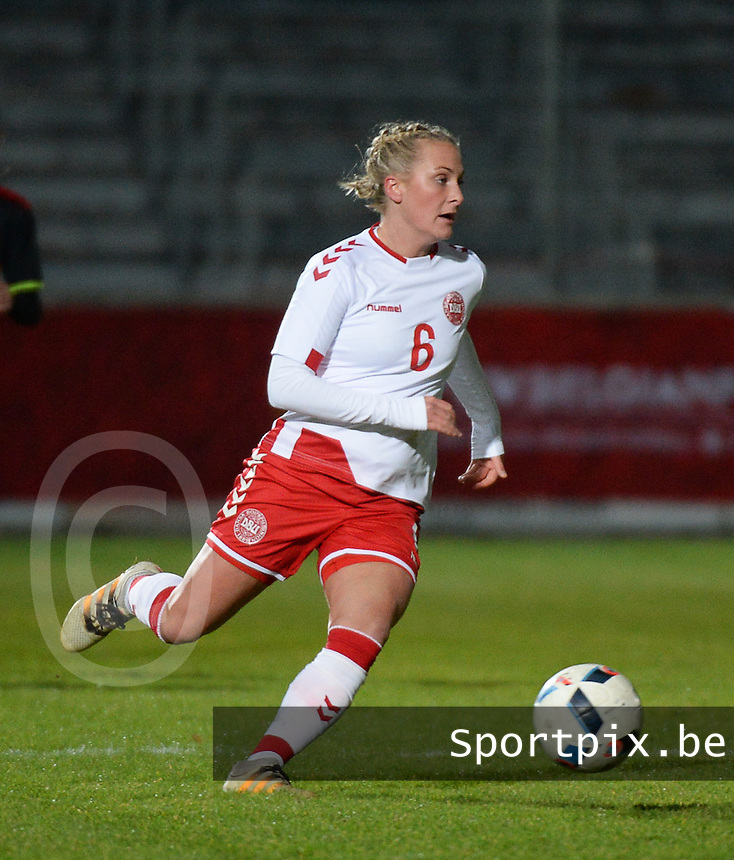 20161128 - TUBIZE ,  BELGIUM : Danish Julie Trustrup Jensen pictured during the female soccer game between the Belgian Red Flames and Denmark , a friendly game before the European Championship in The Netherlands 2017  , Monday 28 th November 2016 at Stade Leburton in Tubize , Belgium. PHOTO SPORTPIX.BE | DIRK VUYLSTEKE