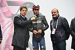 The Prime Minister Giuseppe Conte paid a visit to the Corsa Rosa today pictured with Vincenzo Nibali (ITA) Bahrain-Merida and Mauro Vegni Director of the Giro d'Italia at sign on before Stage 5 of the 2019 Giro d'Italia, running 140km from Frascati to Terracina, Italy. 15th May 2019<br /> Picture: Gian Mattia D'Alberto/LaPresse | Cyclefile<br /> <br /> All photos usage must carry mandatory copyright credit (© Cyclefile | Gian Mattia D'Alberto/LaPresse)