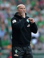 FUSSBALL   1. BUNDESLIGA   SAISON 2012/2013    32. SPIELTAG SV Werder Bremen - TSG 1899 Hoffenheim             04.05.2013 Trainer Thomas Schaaf (SV Werder Bremen)