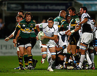 Photo: Richard Lane/Richard Lane Photography. Northampton Saints v Castres Olympique. Heineken Cup. 08/10/2010. Castres' Yannick Caballero attacks.
