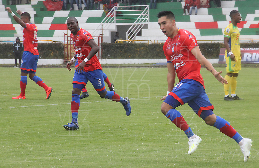 IPIALES - COLOMBIA, 20-08-2019: Carlos Hidalgo del Pasto celebra después de anotar el primer gol de su equipo partido por la fecha 6 de la Liga Águila II 2019 entre Deportivo Pasto y Atlético Huila jugado en el estadio Estadio Municipal de Ipiales. / Carlos Hidalgo of Pasto celebrates after scoring the first goal of his team during match for the date 6 as part of Aguila League II 2019 between Deportivo Pasto and Atletico Huila played at Municipal stadium of Ipiales. Photo: VizzorImage / Leonardo Castro / Cont