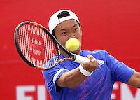 BOGOTA - COLOMBIA - 2-07-2015: Tatsuma Ito de Japon en accion contra el austarliano Matthew Ebden durante el Torneo Claro Open Colombia World Tour 250  que se juega en las canchas del Centro de Alto Rendimiento de la capital ./.  Photo: VizzorImage / Felipe Caicedo / Staff.