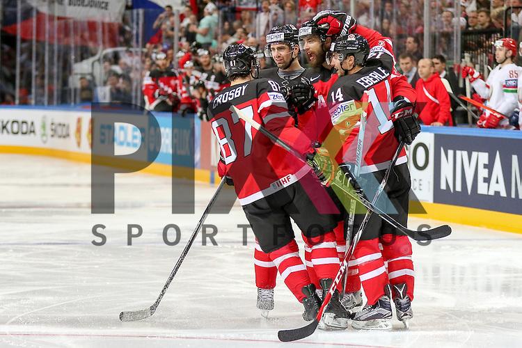 Team Kanada jubelt ueber das Tor in der ersten Minute im Spiel IIHF WC15 Canada vs. Belarus.<br /> <br /> Foto &copy; P-I-X.org *** Foto ist honorarpflichtig! *** Auf Anfrage in hoeherer Qualitaet/Aufloesung. Belegexemplar erbeten. Veroeffentlichung ausschliesslich fuer journalistisch-publizistische Zwecke. For editorial use only.