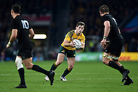 Bernard Foley of Australia in possession. Rugby World Cup Final between New Zealand and Australia on October 31, 2015 at Twickenham Stadium in London, England. Photo by: Patrick Khachfe / Onside Images