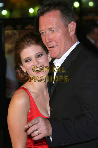 "KATE MARA & ROBERT PATRICK .""We Are Marshall"" Los Angeles Premiere - Arrivals presented by Warner Brothers held at the Grauman's Chinese Theater, Hollywood, California, USA. .December 14th, 2006.half length pointing balck red.CAP/ADM/ZL.©Zach Lipp/AdMedia/Capital Pictures"