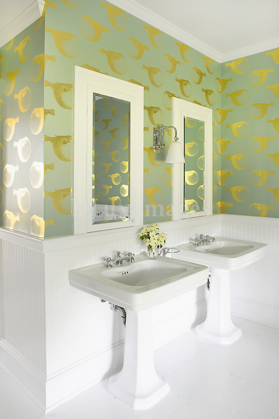 bathroom with khaki and gold wallpaper