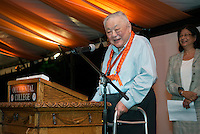 Ming Cho Lee '53, All Class Dinner on Bell Field.<br />