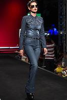 S&Atilde;O PAULO-SP-03.03.2015 - INVERNO 2015/MEGA FASHION WEEK -Grife Bebela Jeans/<br /> O Shopping Mega Polo Moda inicia a 18&deg; edi&ccedil;&atilde;o do Mega Fashion Week, (02,03 e 04 de Mar&ccedil;o) com as principais tend&ecirc;ncias do outono/inverno 2015.Com 1400 looks das 300 marcas presentes no shopping de atacado.Br&aacute;z-Regi&atilde;o central da cidade de S&atilde;o Paulo na manh&atilde; dessa segunda-feira,02.(Foto:Kevin David/Brazil Photo Press)