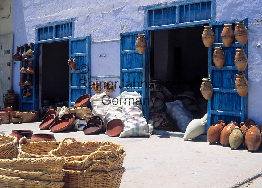 Tunisia, Kairouan: ceramics, Souvenirs, baskets