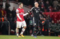 19.02.2013, Emirates Stadion, London, ENG, UEFA Champions League, FC Arsenal vs FC Bayern Muenchen, Achtelfinale Hinspiel, im Bild Jack WILSHERE (FC Arsenal London - 10) und Arjen ROBBEN (FC Bayern Muenchen - 10) Handschlag nach dem Spiel // during the UEFA Champions League last sixteen first leg match between Arsenal FC and FC Bayern Munich at the Emirates Stadium, London, Great Britain on 2013/02/19. EXPA Pictures © 2013, PhotoCredit: EXPA/ Eibner/ Ben Majerus..***** ATTENTION - OUT OF GER *****