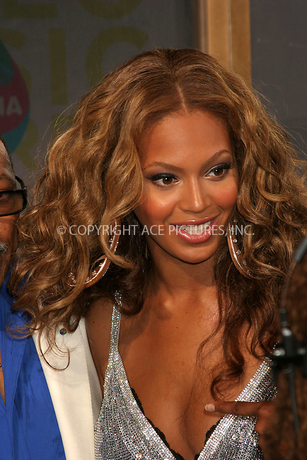 WWW.ACEPIXS.COM . . . . .  ....MIAMI, AUGUST 28, 2005....Beyonce arriving to the 2005 MTV Video Music Awards held at the American Airlines Arena.....Please byline: ACE005 - ACE PICTURES.   .. *** ***  ..Ace Pictures, Inc:  ..Craig Ashby (212) 243-8787..e-mail: picturedesk@acepixs.com..web: http://www.acepixs.com