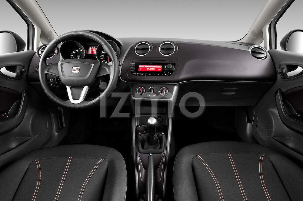 Straight dashboard view of 2010 Seat Ibiza ST 5 Door Wagon Stock Photo