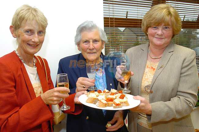 Dorethy Slattery, May Murry and Nancy McNally sampeling some of the fine food in Lush Gourmet Foods opening Night...Photo Fran Caffrey Newsfile.ie..This Picture has been sent to you by Newsfile Ltd..The Studio,.Millmount Abbey,.Drogheda,.Co. Meath,.Ireland..Tel: +353(0)41-9871240.Fax: +353(0)41-9871260.ISDN: +353(0)41-9871010.www.newsfile.ie..general email: pictures@newsfile.ie