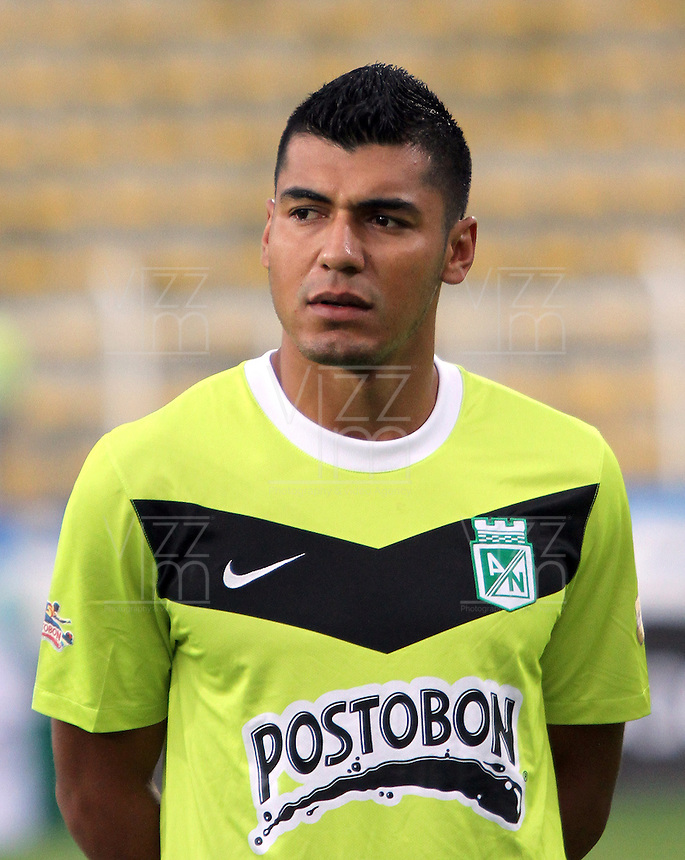 BOGOTA-COLOMBIA-20-04-2013.  Jefferson Duque  jugador del Atlético Nacional. Photo / VizzorImage / Felipe Caicedo / Staff .  Jefferson Duque player of Atletico Nacional. ( Photo / VizzorImage / Felipe Caicedo / Staff).