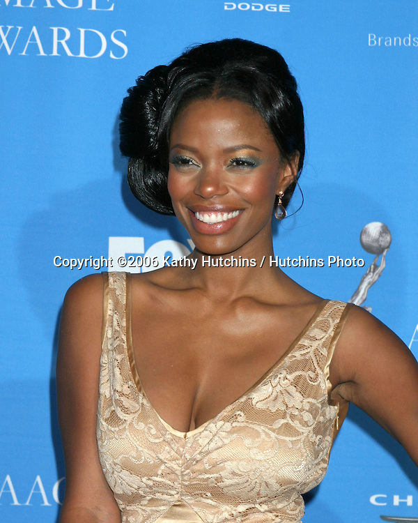 Jill Marie Jones.37th NAACP Image Awards.Shrine Auditorium.Los Angeles, CA.February 25, 2006.©2006 Kathy Hutchins / Hutchins Photo....