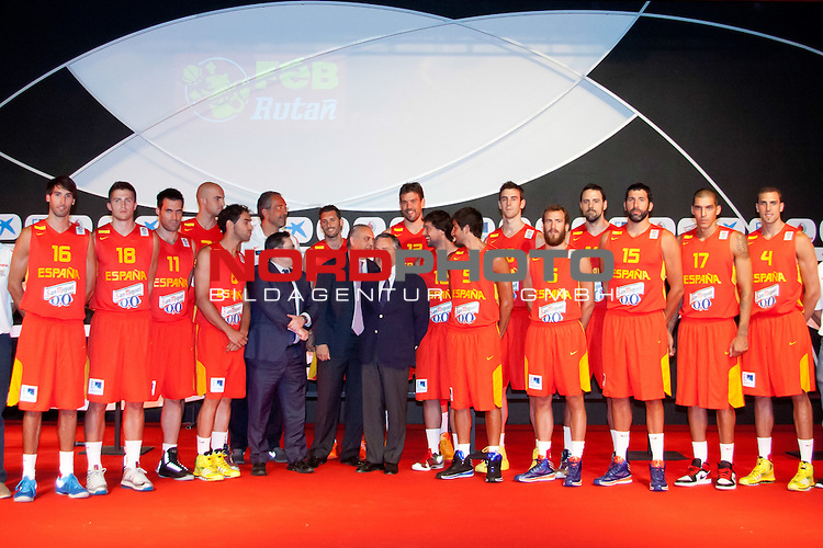 Presentation of the Spanish Basketball Team. July 31, 2013. Foto &copy; nph / Adrian P. Rincon)<br /> Ricky Rubio, Marc Gasol, Jos&radic;&copy; Manuel Calder&radic;&ge;n