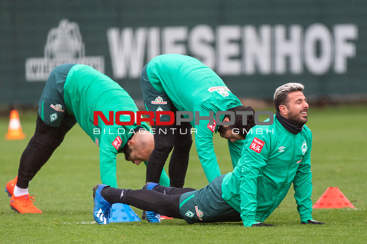 11.02.2020, Trainingsgelaende am wohninvest WESERSTADION,, Bremen, GER, 1.FBL, Werder Bremen Training, im Bild<br /> <br /> Claudio Pizarro (Werder Bremen #14)<br /> Nuri Sahin (Werder Bremen #17) <br /> Ömer / Oemer Toprak (Werder Bremen #21)<br /> <br /> Foto © nordphoto / Kokenge