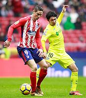 Atletico de Madrid's Fernando Torres (l) and Getafe CF's Gaku Shibasaki during La Liga match. January 6,2018. (ALTERPHOTOS/Acero) /NortePhoto.com NORTEPHOTOMEXICO