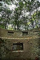 Cavallasca, prov. di Como, confine italo-svizzero. Trincee della prima guerra mondiale.