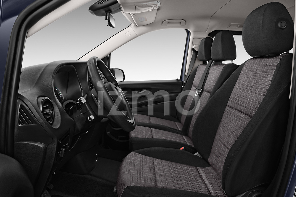 Front seat view of 2017 Mercedes Benz Vito-Tourer Pro 4 Door Combi Front Seat  car photos