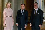 Le Roi Philippe et la Reine Mathilde ont reçu au Château de Laeken Monsieur Donald Tusk Président du Conseil Européen pour un déjeuner. Bruxelles, le 7 janvier 2015