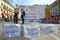 Roma 7 Giugno 2010.Piazza Navona.Artisti, scrittori, attori, manifestano contro i tagli alla cultura della manovra finanziaria..Ascanio Celestini.Artists, writers, actors, demonstrating against the cuts to the culture of fiscal consolidation.