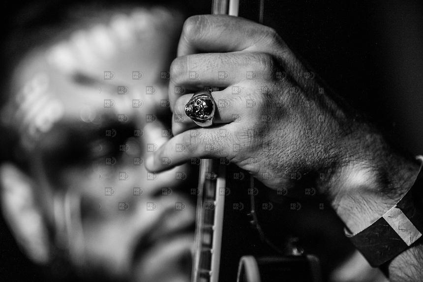 CIUDAD DE MÉXICO, Diciembre 10, 2014. La banda colombiana Electric Sasquatch en el Bajo Circuito de la ciudad de México, el 10 de diciembre de 2014.  FOTO: ALEJANDRO MELÉNDEZ