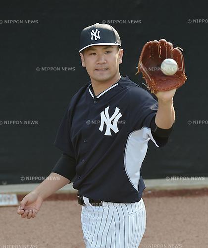 Masahiro Tanaka (Yankees), FEBRUARY 26, 2015 - MLB : Masahiro Tanaka of the New York Yankees practices pitching in the bullpen during the New York Yankees spring training camp in Tampa, Florida, United States. (Photo by AFLO)