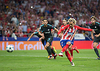 Atletico Madrid´s French forward Antoine Griezmann scoring a goal during the UEFA Champions League group C match between Atletico Madrid and Chelsea played at the Wanda Metropolitano Stadium in Madrid, on September 27th 2017.