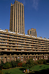 London 1992. Exterior view of the Barbican flats and gardens. A housing complex built for city office workers centrally located in the City of London 1992. 1990s UK