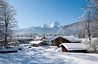 Deutschland, Bayern, Oberbayern, Berchtesgadener Land, Bischofswiesen-Uhlmuehle: im Hintergrund der Watzmann | Germany, Upper Bavaria, Berchtesgadener Land, Bischofswiesen-Uhlmuehle: with Watzmann mountain