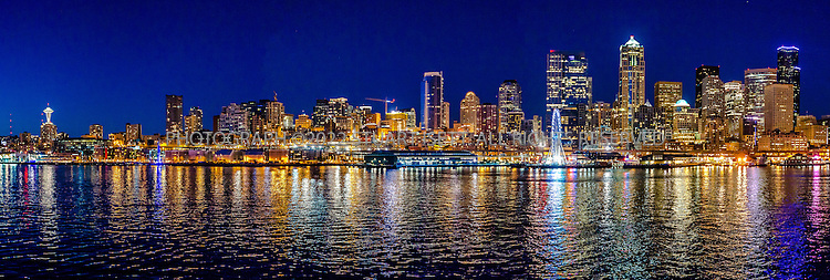 9/9/2016-- Seattle WA, USA<br /> <br /> Seattle Waterfront at night.<br /> <br /> Photograph by Stuart Isett. &copy;2016 Stuart Isett. All rights reserved.