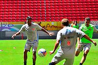 BRASÍLIA, DF, 17.04.2014 – TREINAMENTO DO BRASÍLIA – FINAL DA COPA VERDE – O time do Brasília fez o reconhecimento do gramado e treinamento no Estádio Nacional Mané Garrincha na manhã desta quinta-feira, 17 que será palco da grande final do campeonato. O Brasília enfrentará o Paysandu na próxima segunda, 21 no jogo de volta da Final da Copa verde, que garante o campeão no Copa Sul-Americana de 2015. No primeiro jogo em Belém o Paysandu venceu de virada por 2 a 1 e precisa somente do empate para ser campeão do torneio que é organizado pela CBF. (Foto: Ricardo Botelho / Brazil Photo Press).