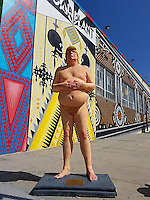 Pictured: The Donald Trump resin statue which sold at auction for $21.875 in the USA.<br />
