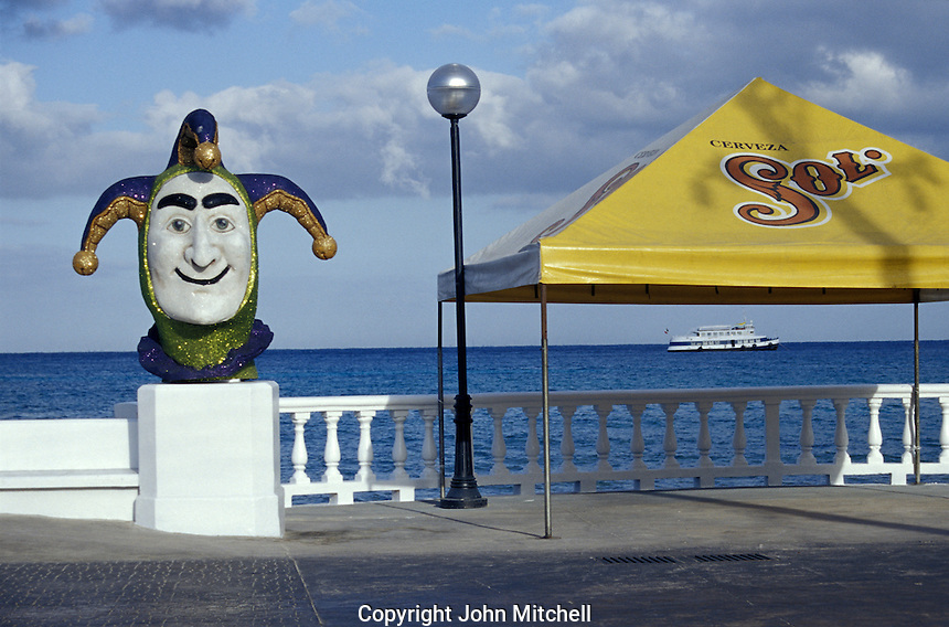 View from the waterfront promenade in the town of San Miguel de Cozumel, Isla de Cozumel, Quintana Roo, Mexico