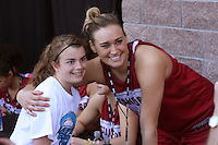 SAN ANTONIO, TX - APRIL 4:  Joslyn Tinkle at an autograph session on April 4, 2010 at the Alamo Dome in San Antonio, Texas.