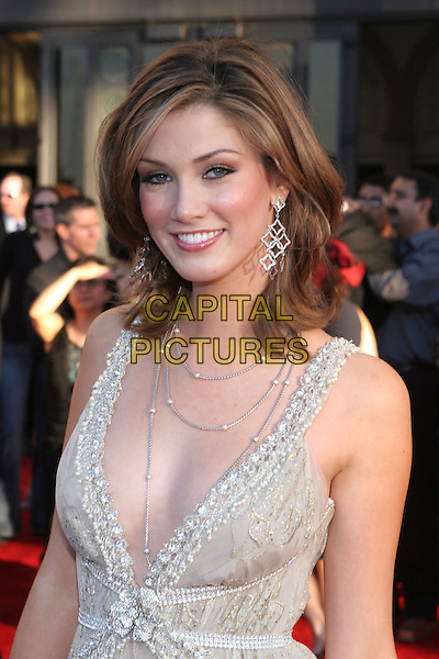 DELTA GOODREM.33rd Annual American Music Awards - Arrivals held at the Shrine Auditorium. Los Angeles, California..USA, United States..22nd November 2005 .Ref:ADM/ZL.half length cream ivory white beaded pearls plunging neckline necklace necklaces nipped in waist.www.capitalpictures.com.sales@capitalpictures.com.© Capital Pictures..