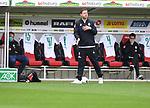 FussballFussball: agnph001:  1. Bundesliga Saison 2019/2020 27. Spieltag 23.05.2020<br />SC Freiburg - SV Werder Bremen<br />Trainer Florian Kohfeldt (Bremen) gibt Anweisungen. Frank Baumann (Geschaeftsfuehrer Sport links hinten)<br />FOTO: Markus Ulmer/Pressefoto Ulmer/ /Pool/gumzmedia/nordphoto<br /><br />Nur fŸr journalistische Zwecke! Only for editorial use! <br />No commercial usage!