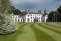 Ireland, County Cork, Fota Island: Fota House, 19th century hunting lodge built for the Barry family | Irland, County Cork, Fota Island: Fota House, Jagdschloss aus dem 19. Jahrhundert, erbaut fuer die Barry family