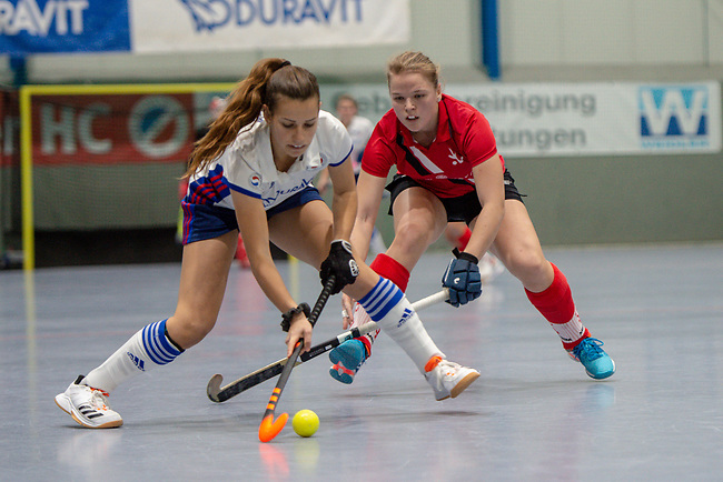 Mannheim, Germany, November 29: During the Bundesliga indoor women hockey match between Mannheimer HC and TSV Mannheim on November 29, 2019 at Irma-Roechling-Halle in Mannheim, Germany. Final score 4-4. (Copyright Dirk Markgraf / 265-images.com) *** Viktoria Przybilla #15 of TSV Mannheim