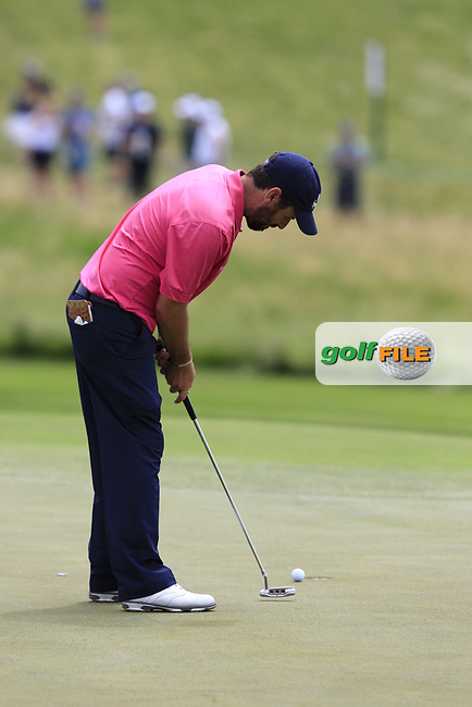 Thomas Aiken (RSA) putts on the 10th green during Saturday's Round 3 of the 117th U.S. Open Championship 2017 held at Erin Hills, Erin, Wisconsin, USA. 17th June 2017.<br /> Picture: Eoin Clarke | Golffile<br /> <br /> <br /> All photos usage must carry mandatory copyright credit (&copy; Golffile | Eoin Clarke)