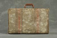Willard Suitcases / Virginia Ann M / ©2013 Jon Crispin