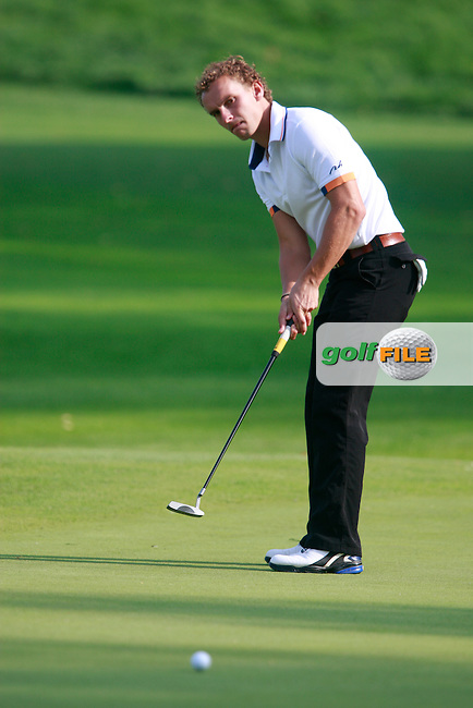 Joost Luiten (NED) takes his putt on the 9th green during Thursday's Round 1 of the Austrian Open presented by Lyoness at the Diamond Country Club, Atzenbrugg, Austria, 22nd September 2011 (Photo Eoin Clarke/www.golffile.ie)