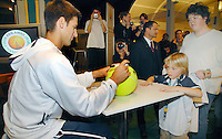 20-2-07,Tennis,Netherlands,Rotterdam,ABNAMROWTT, Autograph session with Djokovic