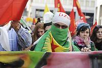 Milano, 20/03/2016 - manifestazione della comunit&agrave; Curda in occasione del loro capodanno<br /> <br /> - Milan, 20/03/2016 - demonstration of the Kurdish community for their New Year