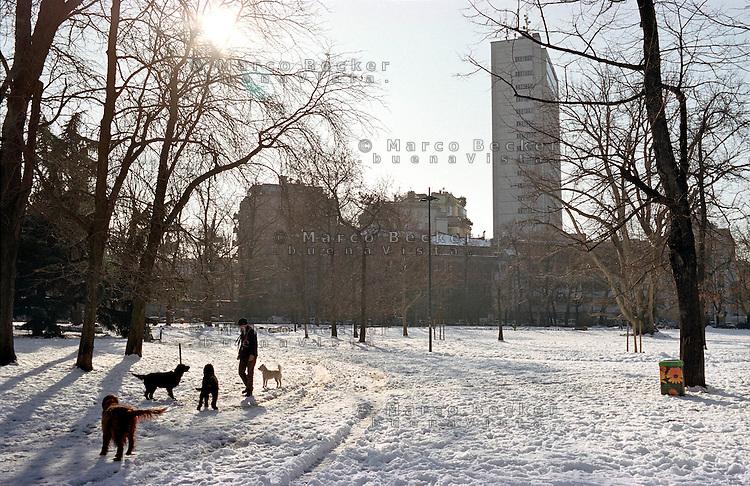 """Gennaio 2009, nevicata su Milano. I Giardini Pubblici di Porta Venezia """"Indro Montanelli"""" --- January 2009, snowfall in Milan. The public garden of Venezia gate """"Indro Montanelli"""""""