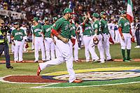 Adrian Gonzalez, el Titan de Mexico.<br /> Aspectos del partido Mexico vs Italia, durante Cl&aacute;sico Mundial de Beisbol en el Estadio de Charros de Jalisco.<br /> Guadalajara Jalisco a 9 Marzo 2017 <br /> Luis Gutierrez/NortePhoto.com